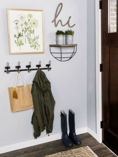 Add emphasis to your entryway with a simple chic gallery wall. 2019 Add emphasis to your entryway with a simple chic gallery wall. The post Add emphasis to your entryway with a simple chic gallery wall. 2019 appeared first on Entryway Diy. Entryway Hooks, Entryway Wall Decor, Small Wall Decor, Small Entryway Organization, Living Room Wall Decor, Entry Coat Hooks, Living Room Gallery Wall, Small Apartment Entryway, Hobby Lobby Wall Decor