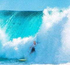 At Snapper Rocks  #australia #goldcoast #visitgoldcoast #snapper #snapperrocks #coolangatta #superbanks #greenmount #kirra #surfing #surf #barrel #wave #waves #duranbah by chrismeimaris