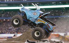 Monster Trucks Grave Digger Side View Photo 5 Big Monster Trucks, Monster Truck Party, Monster Jam, Lifted Trucks, Big Trucks, Pickup Trucks, Motocross Racing, Tractor Pulling, Scary Monsters