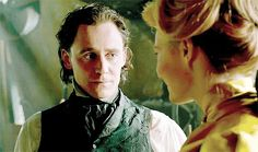 Crimson Peak has been out in theaters for less than seven days, and already it has proven itself to be one hell of a gift to Hiddlestoners everywhere. That's right, there are plenty of sexy Tom Hiddleston moments inCrimson Peak, and fans everywhere