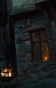 I like how the lattice in the window contrasts with the patch work of the bricks. Could also translate to a chest piece Jordy Baan, Hawke Dragon Age, Merian, Medieval Fantasy, The Witcher, Story Inspiration, Middle Earth, Skyrim, Rogues