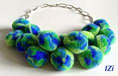IZi bijoux - Handmade Necklace with pon pon