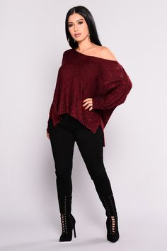 Shop women's sweaters and cardigans for winter basics and seasonal trends like oversized sweaters, turtleneck tops, off-the-shoulder necklines, long cable-knit cardis and more. Fashion Nova is your place for sexy women's sweaters. Autumn Fashion Casual, Fall Fashion Outfits, Dope Outfits, Simple Outfits, Women's Fashion Dresses, Look Fashion, Casual Outfits, Jean Skirt Outfits, Legging Outfits
