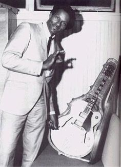 Chuck Berry Chuck Berry, Berries, Bike, Music, Style, Bicycle, Musica, Swag, Musik
