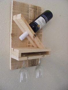 Wine Rack by WoodenKreativeKuts on Etsy Wine Glass Rack, Wine Rack Wall, Wooden Projects, Diy Furniture Projects, Homemade Wine Rack, Wine Rack Design, Mug Display, Rustic Wine Racks, Liquor Dispenser