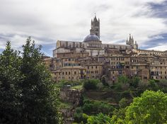 Tuscany Day Trips from Florence: Chianti, Siena & San Gimignano