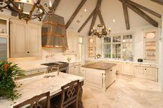 Acadiana - Traditional - Kitchen - Houston - CHRISTOPHER SIMS CUSTOM HOMES