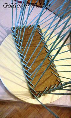 """Плетение из газетных трубочек: Прямоугольный короб для специй. Послойное плетение. Загибка """"коса"""". Фанерное дно, оплетено, через край."""