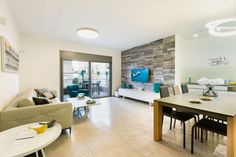 Apartment in Israel by Orly Horovitz Interior Design 01