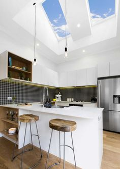 Skylight ideas to make your space brighter luxury want to use skylight window by velux or similar to make the room Skylight Window, Roof Window, Skylight Shade, Home Decor Kitchen, Kitchen Design, Kitchen Ideas, Kitchen Layouts, Kitchen Interior, Kitchen Gallery
