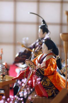 March is the Doll's festival day for girls ( Hina-matsuri) in Japan. People display a set of Hina- dolls and pray for the sound growth of the girls in family. Japan Architecture Modern, Hina Matsuri, Days For Girls, Japanese Party, Hina Dolls, Japanese Symbol, Marionette, Japanese Landscape, Doll Display