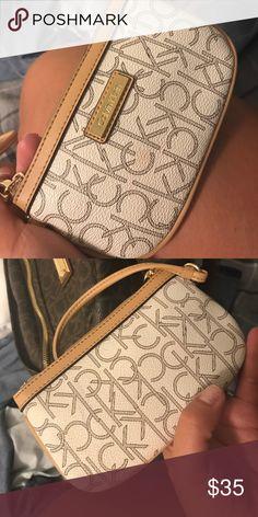 Wristlet New Calvin Klein leather wristlet Calvin Klein Bags Clutches & Wristlets