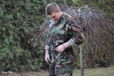 Možné zakúpiť aj samostatne ako Nohavice a Bľúza. http://www.armyoriginal.sk/3058/110376/us-maskacovy-komplet-bdu-woodland-helikon.html