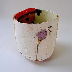 Round bottomed pot 2008 by Linda Styles