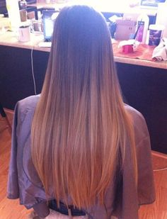 colored hair tips Weave Hairstyles, Cute Hairstyles, Long Ombre Hair, Colored Hair Tips, Hair Color For Women, Beauty Queens, Hair Hacks, Dyed Hair, Hair Inspiration