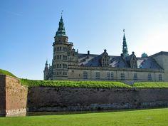 Denmark Castles | Kronborg Castle behind the Crownwork