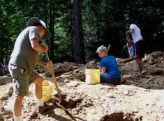 "When I told friends I was finally going to dig for garnets at Emerald Creek they warned ""it's a lot of work. "" And so it was, but the place — pretty much out in the middle o… Gem Hunt, Rock Collection, Hot Springs, Idaho, Garnet, Outdoor Power Equipment, Emerald, Rocks, Indian Artifacts"
