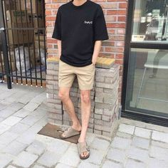 Brilliant Summer Outfits Ideas For Guys 28 Brilliant Summer Outfits Ideas For Guys 28 Korean Fashion Men, Ulzzang Fashion, Korean Street Fashion, Mens Fashion, Fashion Vest, Boys Summer Outfits, Boy Outfits, Casual Outfits, Mens Clothing Styles