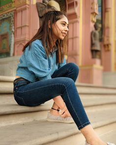 It's the possibility that keeps me going, not the guarantee. to endless possibilities and no limiting guarantees. Stylish Photo Pose, Stylish Girls Photos, Stylish Girl Pic, Teenage Girl Photography, Girl Photography Poses, Girl Photo Poses, Girl Poses, Punjabi Models, Niti Taylor