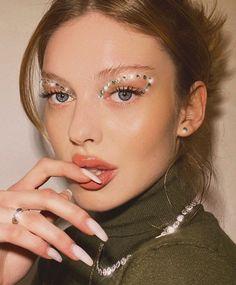 Kiss Makeup, Glam Makeup, Makeup Inspo, Makeup Art, Makeup Inspiration, Beauty Makeup, Angel Makeup, Doll Makeup, Dramatic Makeup