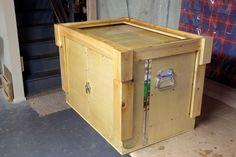 Box - Chuck box idea -Camp Chuck Box - Chuck box idea -Chuck Box - Chuck box idea -Camp Chuck Box - Chuck box idea - Sitztruhe Mexico Hazelwood Home Swing-open front, clever legs Antique Trunk, Lund Inc. Best Camping Stove, Diy Camping, Camping With Kids, Family Camping, Outdoor Camping, Camping Hacks, Camping Ideas, Camping Stuff, Outdoor Food