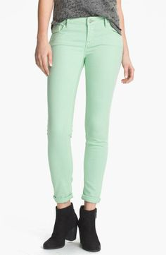 Minty fresh skinny jeans for spring!