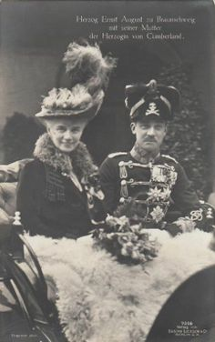 crown princess thyra of hannover w son prince ernst august in a carriage 1914 p. Black Bedroom Furniture Sets. Home Design Ideas
