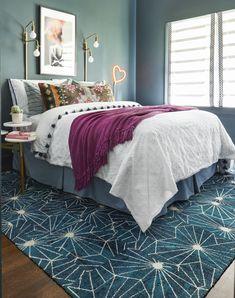 Jewel Tone Bedroom, Jewel Tone Decor, Bedroom Colors, Home Decor Bedroom, Eclectic Bedroom Decor, Teal Bedroom Walls, Dark Teal Bedroom, Turquoise Bedroom Decor, Bedroom Ideas