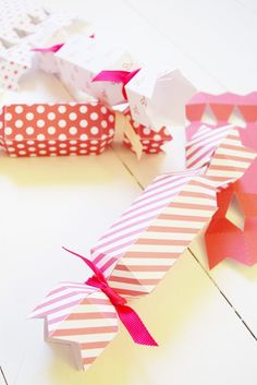 DIY Valentine's Cracker by MichaelsMakers Skip to My Lou