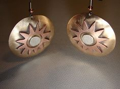 Hey, I found this really awesome Etsy listing at https://www.etsy.com/listing/112782843/desert-sun-dangle-earrings-in-bronze
