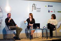 No FLIARAXÁ 2015, no último dia 28/08, mesa em que debatemos sobre comunicação e telejornalismo - eu, Mônica Cunha e Luiz Humberto França.