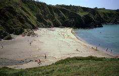 POLURRIAN COVE, Lizard, Cornwall [ENGLAND] #wildbeach [© Dr Neil Clifton] ➳ wilderness beach