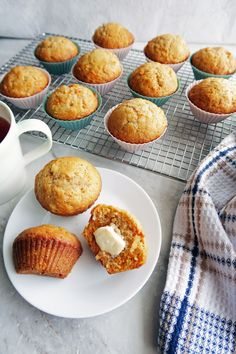 These classic Carrot Pineapple Muffins are flavourful, super soft, and extremely easy to make. Make these delicious muffins in less than 35 minutes. Muffin Recipes, Baking Recipes, Bread Recipes, Pineapple Muffins, Blueberries Muffins, Carrot Muffins Easy, Easy Desserts, Dessert Recipes, Diabetic Desserts