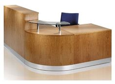 UK's Leading Range of Luxury Reception and Office Furniture. Browse the Fusion - Curved Quadrant Reception Desk and Contact us For Details. Curved Reception Desk, Office Reception Design, Modern Office Design, Modern Interior Design, Reception Desks, Modern Offices, Reception Counter, Office Designs, Office Ideas