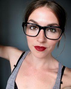 chunky frames + a bold lip