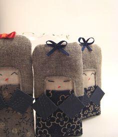 kokeshi / pin cushions