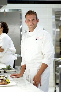Pin for Later: 27 Times Bradley Cooper Was Superhot on Screen Kitchen Confidential (2005)