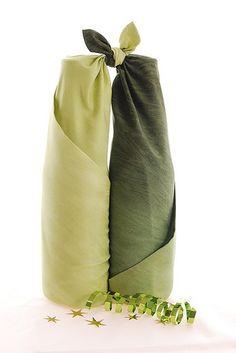 furoshiki twin bottle wrap by Alderspring Design, via Flickr