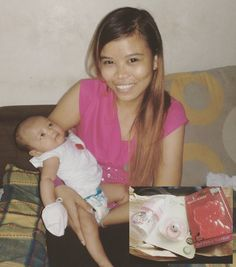 photo op an peg with the #SiopaoBaby :D  Love yah ApriL Jade beybe ... : an pisngi na tinubuan ng mukha sino an tunay na ina ? mwahahah ! Ü  saka na kita LaLamutakin ng gigiL pagLaki moh pa konti aheheh...  #asianbaby #BlessedToBeABlessing #bLesSed #Loved #highLyfavored \ö/  #cutenessoverLoad #cheekybaby (.nn.) #heLLokitty #pink #butterfLy #teether #pacifier #babybottLe :3 by jhelliephotx