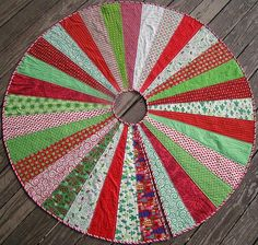 "This Giant Christmas Tree Skirt Quilt Pattern measures 60"" in diameter."