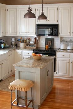 Gorgeous white kitchen, white subway backsplash ***GOES WITH WHAT WE HAVE...BLACK APPLIANCES