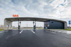 © Tomáš Souček, Petrol Station Dunajská Streda Architekten, Designer: atelierSAD