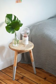 Take a look at 7 decorating tips that you must take from Hygge! Decorating Tips, Interior Decorating, Interior Design, Room With Plants, Relax, Room Themes, Simple House, Kitchen Flooring, House Rooms