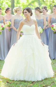 Wedding dress idea; Featured Photographer: Vanessa Joy Photography