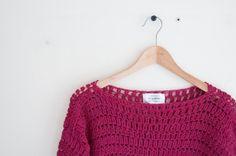 Loose fit winter sweater crochet pattern  #crochet  #crochetpattern #joyofmotion #crochet #sweater #winter #gift #giftidea