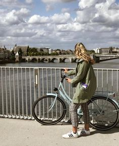 """📸@brookeboes (Fall 2019) """"wheely liked it here."""" 🚲🇳🇱 Architecture, Fall, Arquitetura, Autumn, Fall Season, Architecture Design"""