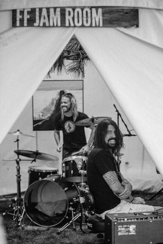Dave Grohl and Taylor Hawkins backstage at walla walla festival August 14, 2015