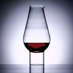 Hybrid Decanter- A hybrid vessel that is both wine carafe or water jug, sometimes even a flower vase. #wine #decanter #sebastianbergne