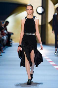 Thierry Mugler at Paris Fashion Week Spring 2016 - Runway Photos