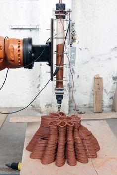 Una impresora 3D que puede construir una casa en 20 horas (Enllave 01/07/2013)